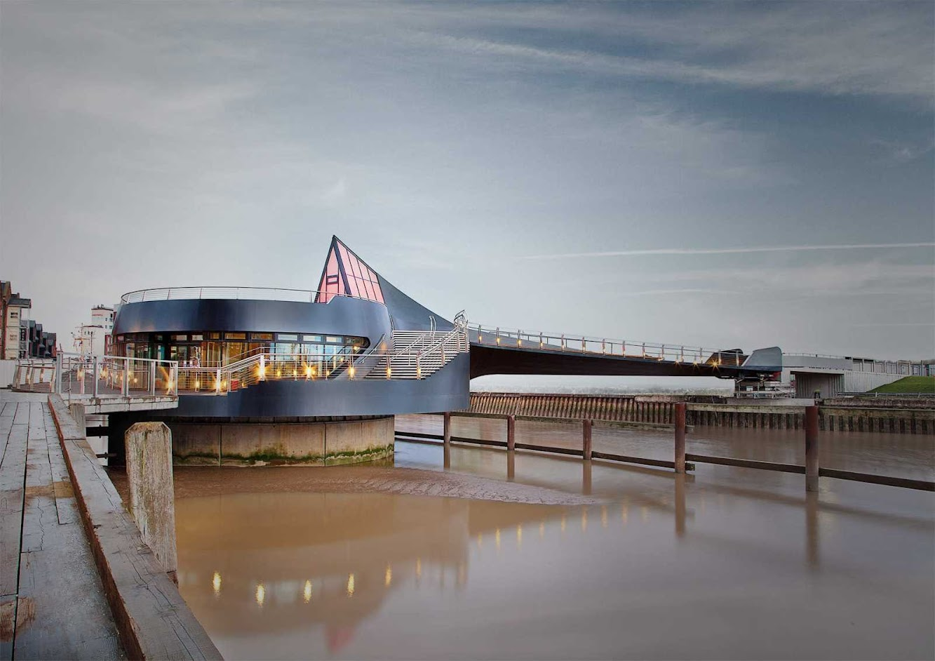 Hull, Regno Unito: Scale Lane Bridge by Mcdowell+Benedetti Architects
