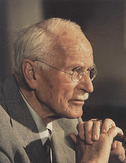 Hasil gambar untuk Carl Gustav Jung