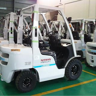 Xe nâng diesel Nissan Japan