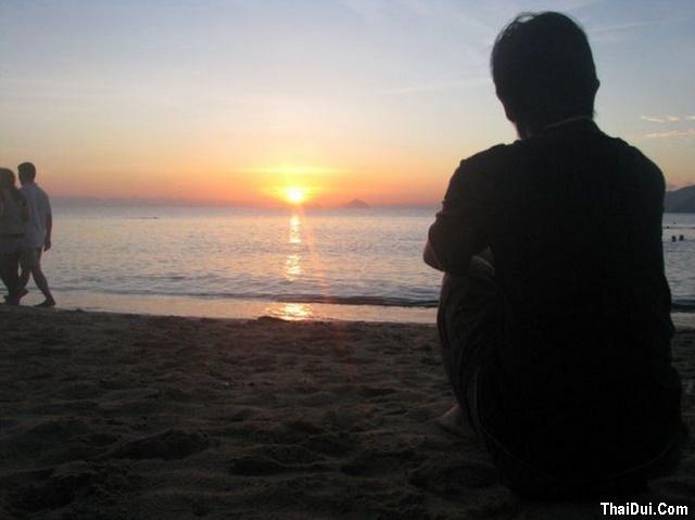 thơ ngồi ngắm biển con nhớ về Mẹ