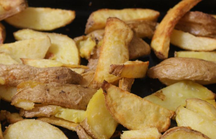 Healthy Homemade Oven Chips