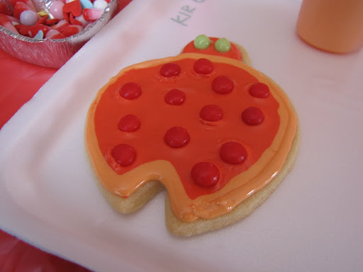 Total ladybug cookie fail. I was talking to Dani's husband instead of paying attention to the demo!