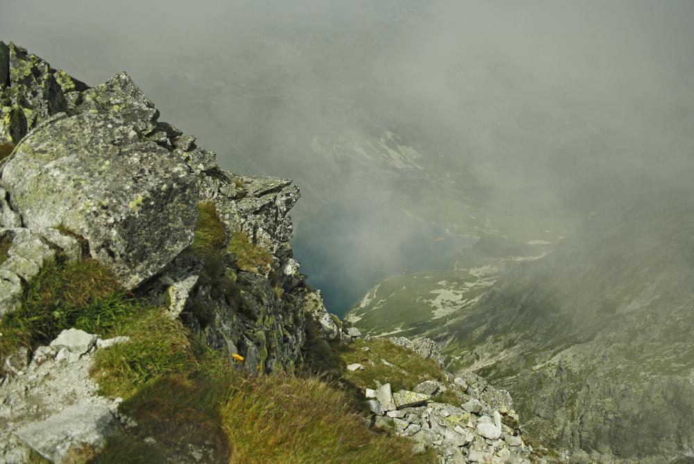 Widok ze Skrajnego Granata na Czarny Staw Gąsienicowy