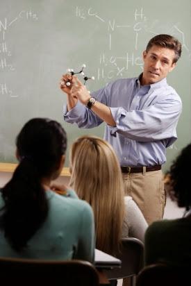 enseñar es aprender - maestro enseñando
