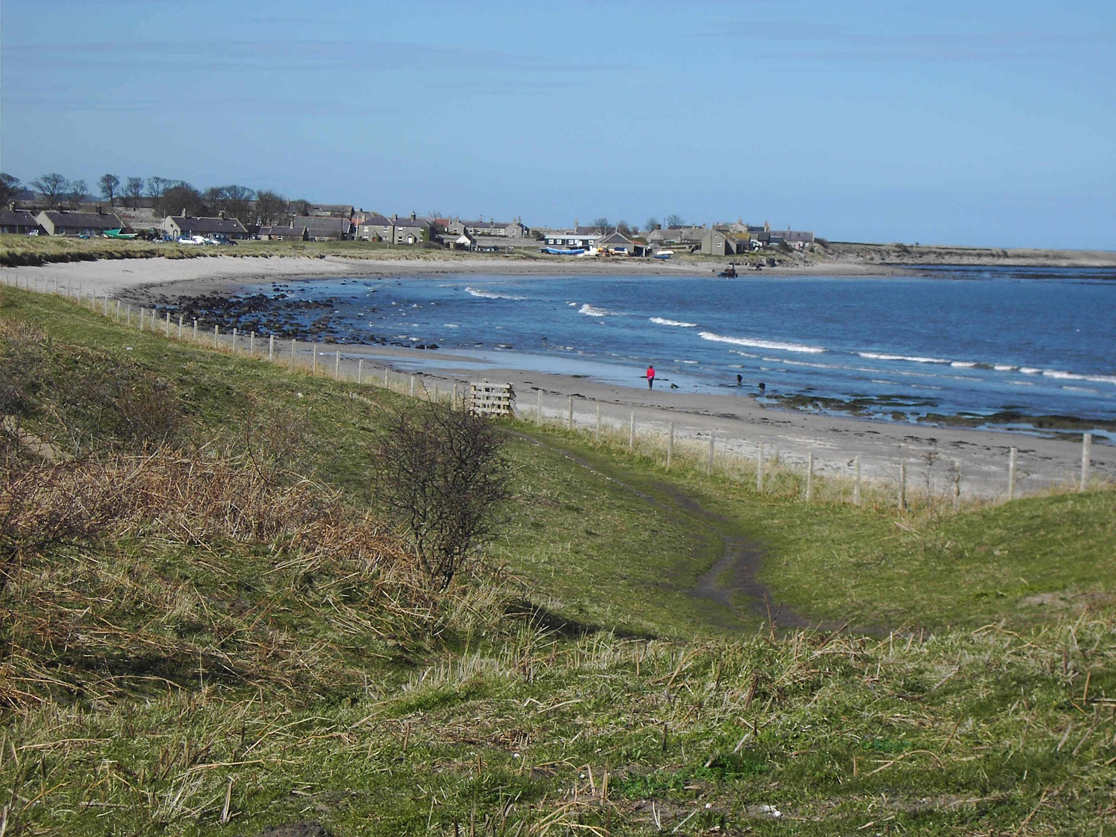 Boulmer Ounced Boomer Is A Very Small Fishing Village Set Right On The Northumberland Coast Roximately 6 Miles East Of Market Town