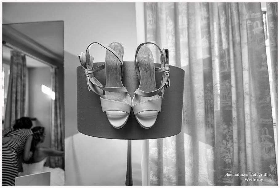zapatos de la novia.