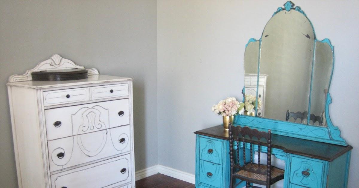 European Paint Finishes Antique Bedroom Set