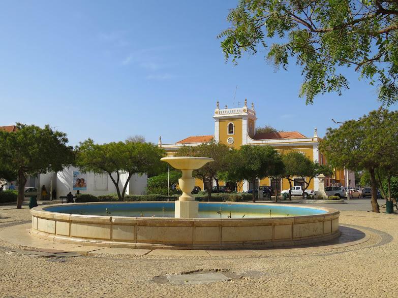 Cidade da Praia, a capital de Cabo Verde (ilha de Santiago) | Cabo Verde