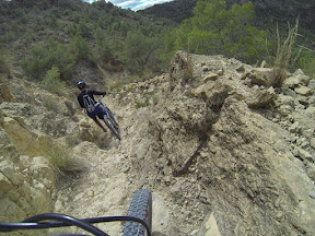 Bici de montaña Mountain Bike por la sierra de la Navela