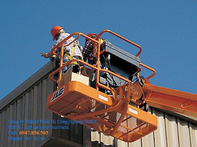 JLG Telescopic Boom Lift 400S