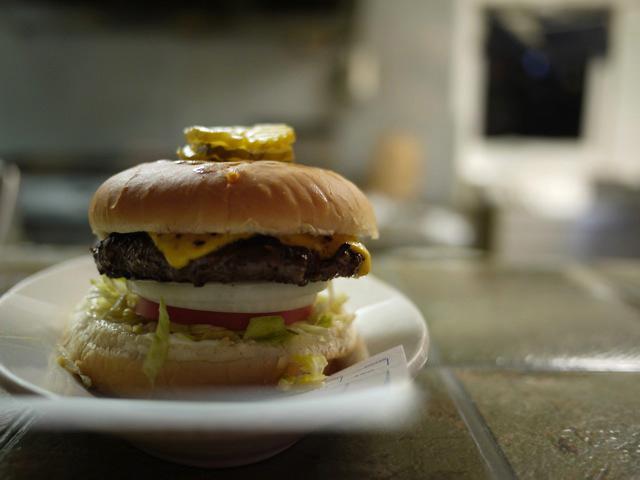 ... Internet Bento Box: I ♥ Nashville - A Cheeseburger @ Brown's Diner