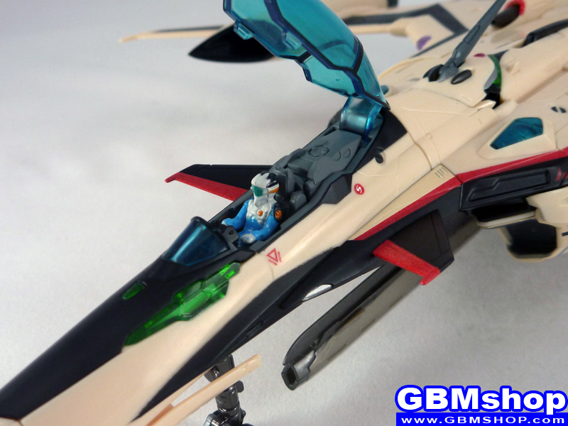 Macross Frontier YF-29 Durandal Isamu Dyson Custom Fighter Mode