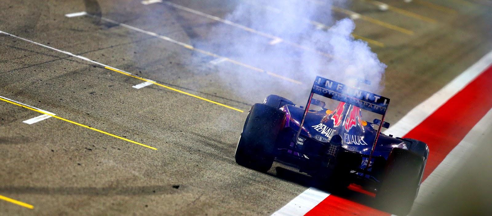 Rotura de motor en el Red Bull de Daniel Ricciardo al final de la carrera de Baréin