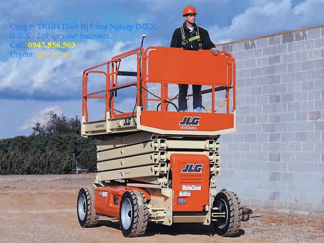 Xe nâng người tự hành JLG 4069LE