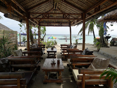 The Oasis Resort Beach Lounge