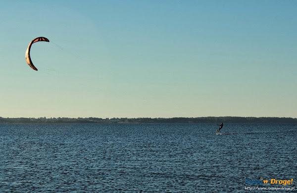 Kitesurferzy w Rewie