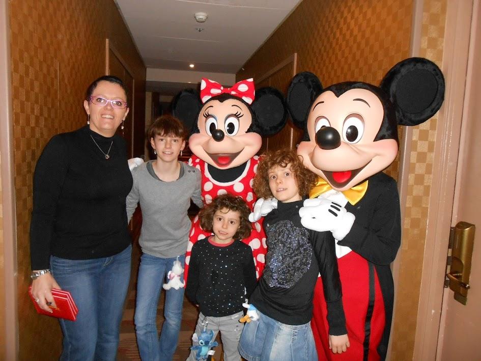 New-York, New-York......un séjour extraordinaire!!!!!!!!!!!!! - Page 11 Disneyland2014_151-SMILE