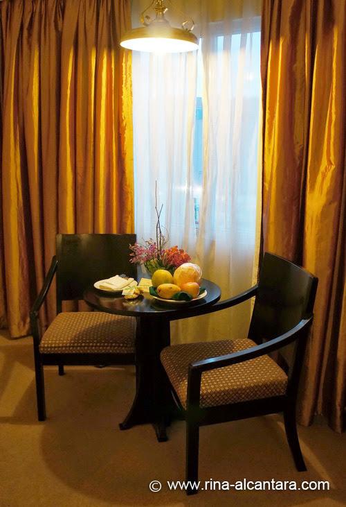 Apo View Hotel - Deluxe Room