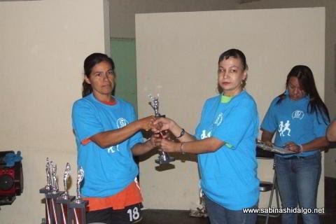Alicia Rodríguez ganó en la categoría 30-49 años femenil