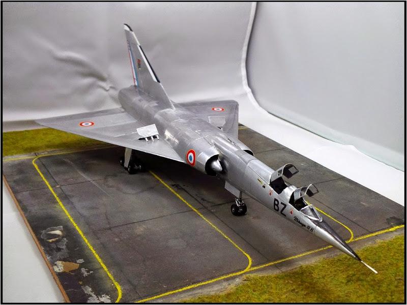 GAMD Mirage IV B. Un gros mirage IV, en scratch et au 72 IMG_20141007_191139