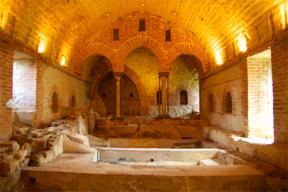 Die Geschichte Siziliens - Das arabische Badehaus bei Cefalà Diana.