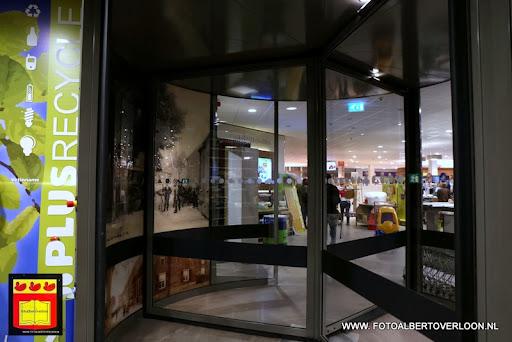 de laatste loodjes voor de opening plus Verbeeten Overloon 06-11-2013 (4).JPG