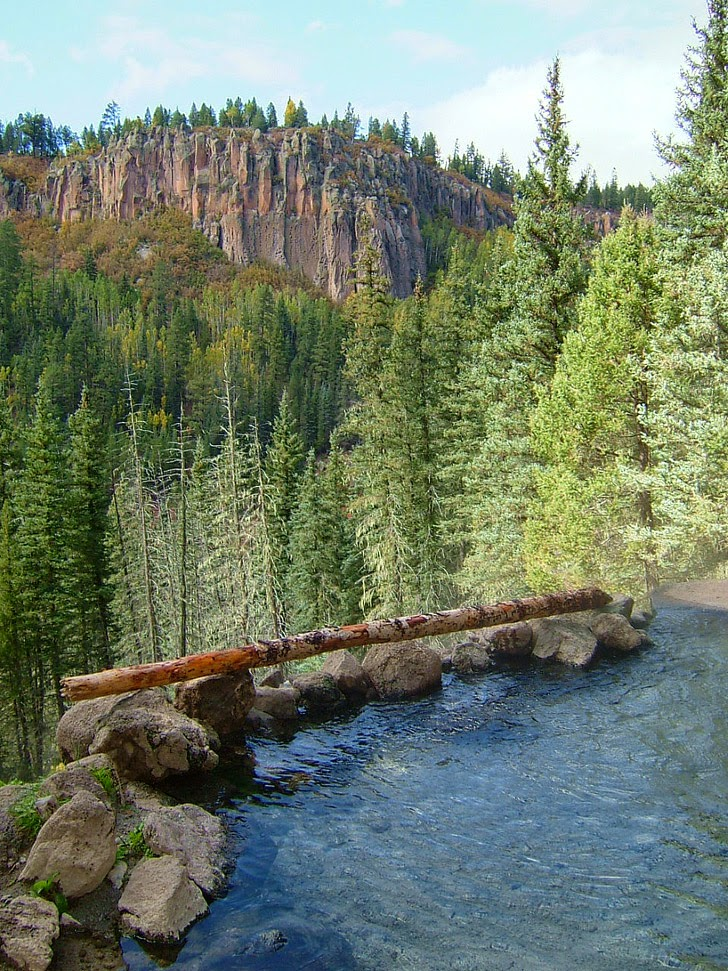 25 Amazing Hot Springs in the US that You Must Soak In