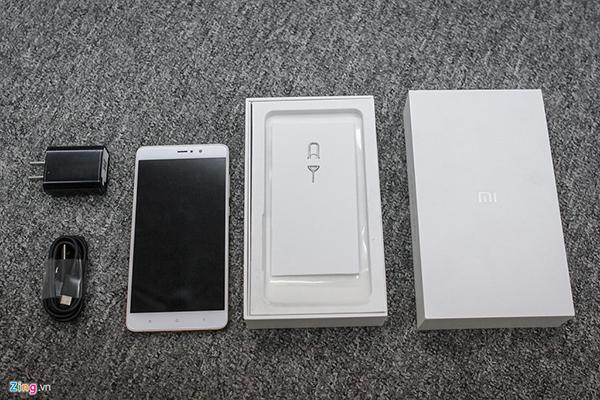 Đập hộp Xiaomi Mi 5s Plus giá hơn 10 triệu đồng - 144813