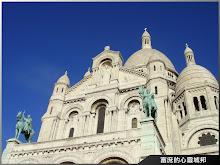 歐洲旅行法國巴黎蒙馬特聖心堂留念