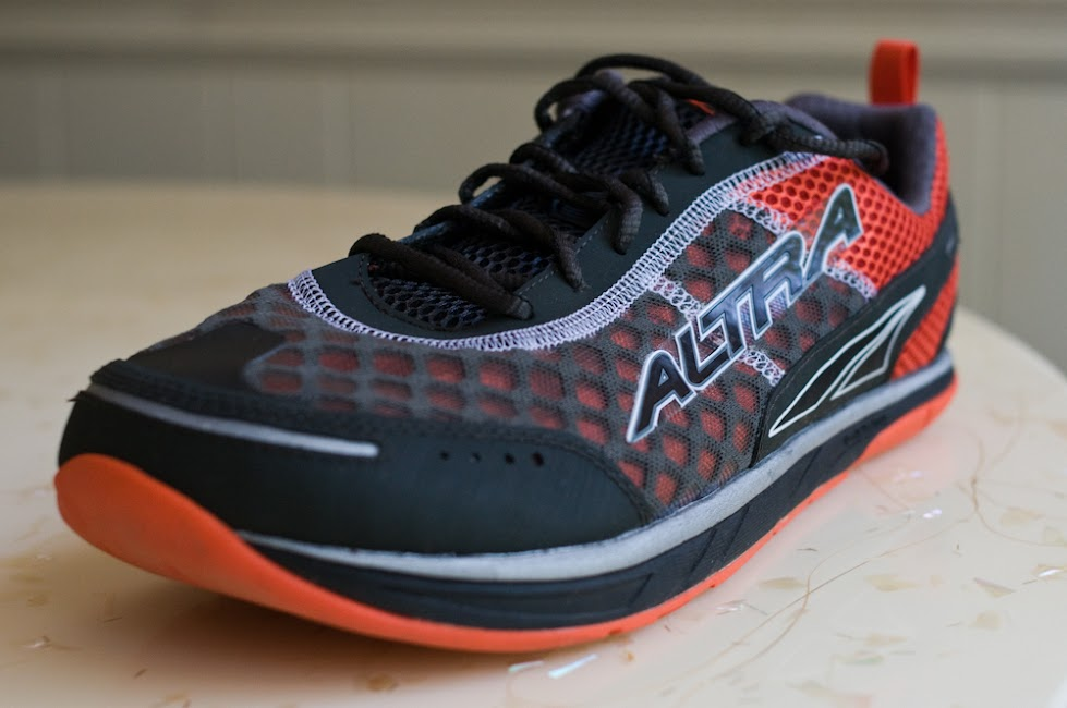 Altra Instinct 1.5 front angle
