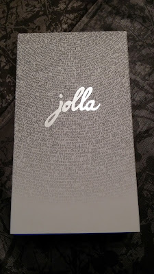Jolla Unboxing 1