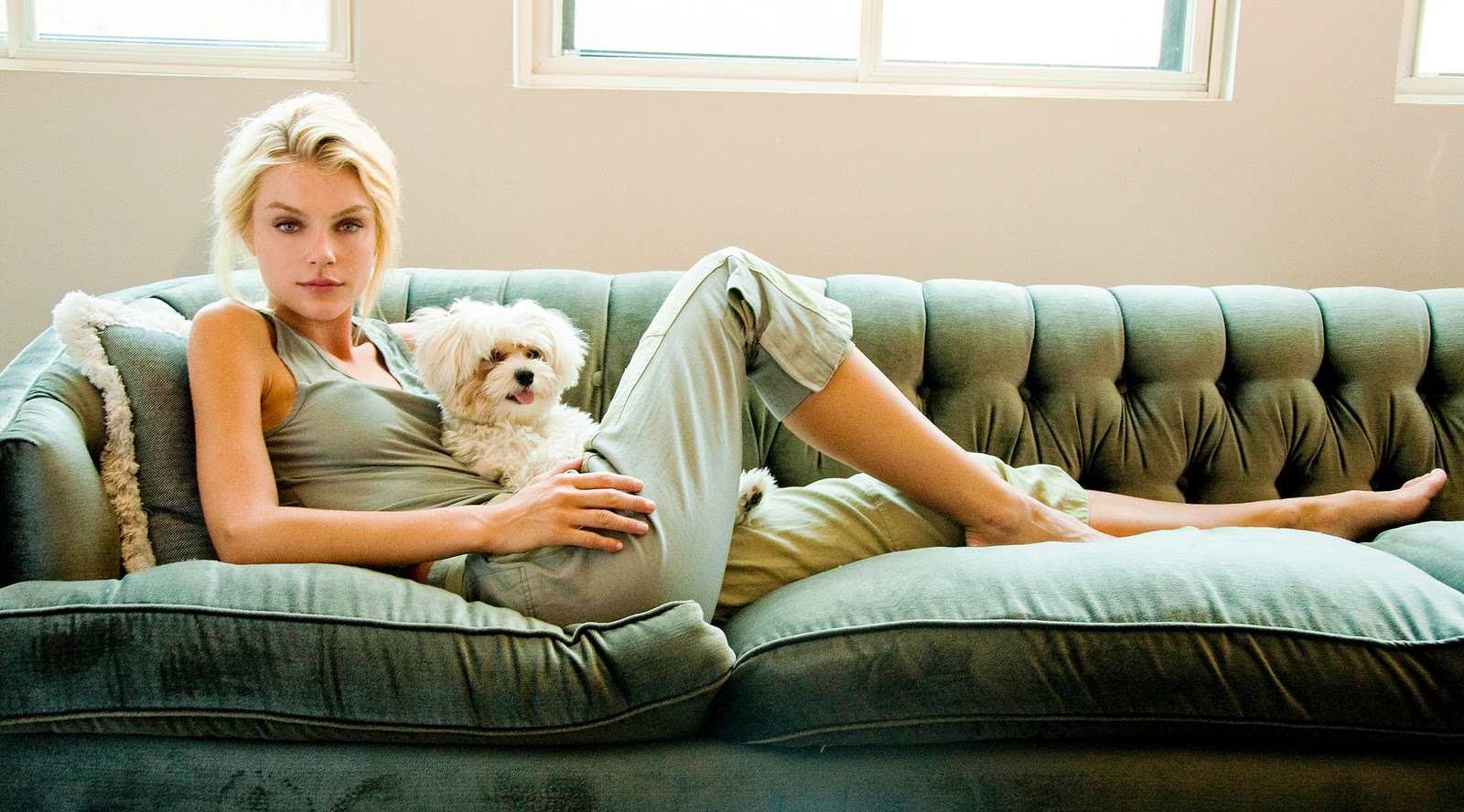 Eat Browse And Love By E At Home With Jessica Stam