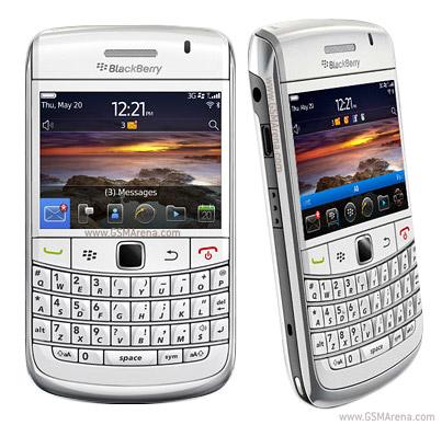 Harga yang ditawarkan untuk BlackBerry Onyx 2 warna hitam Rp 4.899.000 ...