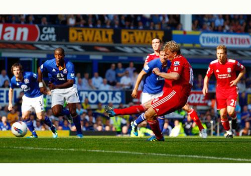 Dirk Kuyt, Everton - Liverpool
