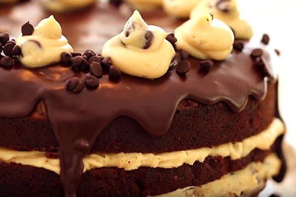 Brownie com Recheio Cremoso de Cookie