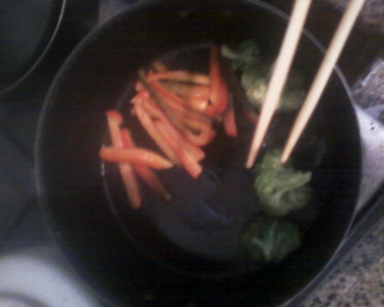Cocina Ramen estes donde estes! (facil, rapido y barato!)