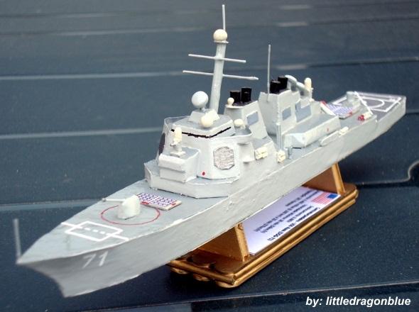 Contratorpedeiro - USS Ross (DDG-71)