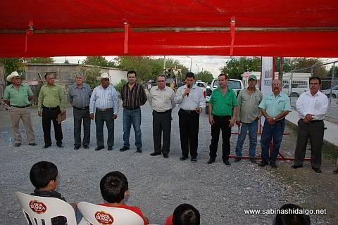 Mensaje del Secretario del Ayuntamiento en colonia Leopoldo González