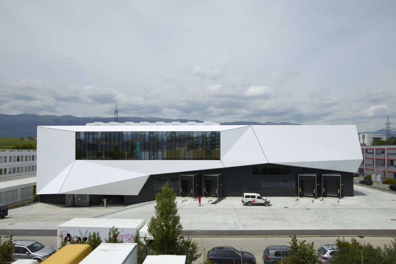 Ginevra, Svizzera: Icrc Logistics Complex by Group8