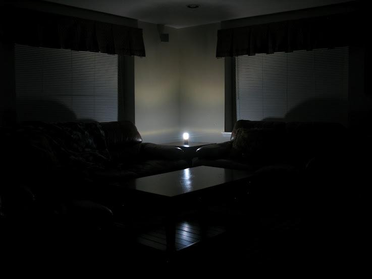 Coleman High-Tech LED Mini LED Lantern 3AA