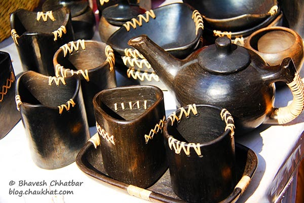 Kala Ghoda - Wooden teapot and cups
