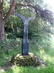Sculpture marking the National Cycle Network Route 1