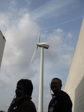 Ze durven investeren en gaan voor zuinig energie gebruiken. Dit is NU noodzakelijk voor ons en onze volgende generaties.