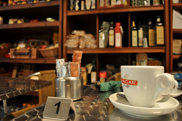 Saponara+Delicatessen+review+Islington+Prebend+Street+Italian+delicatessen+coffee