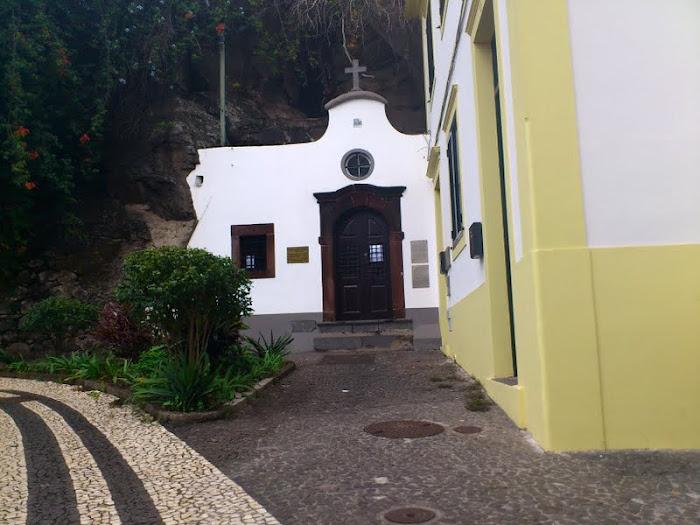 Almas chapel