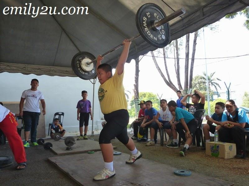 weightlifting angkat berat