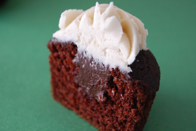 guinness chocolate cake, bailey's buttercream