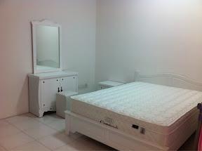 Set Bilik Tidur Putih Murah