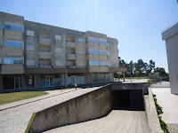 https://picasaweb.google.com/101169827695433253216/ApartamentoT3EdfSTiago#slideshow/5783967653630353890