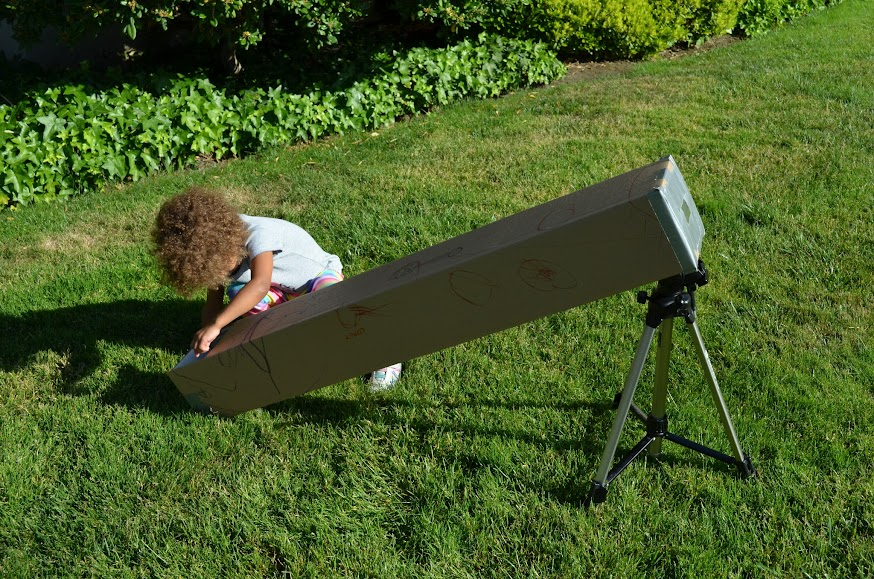 how to create a solar eclipse viewing box
